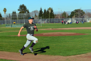 Varsity baseball team gets ready for new season