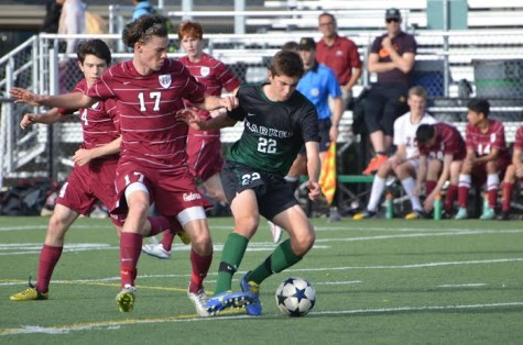 Boys' varsity soccer loses to Sacred Heart Preparatory