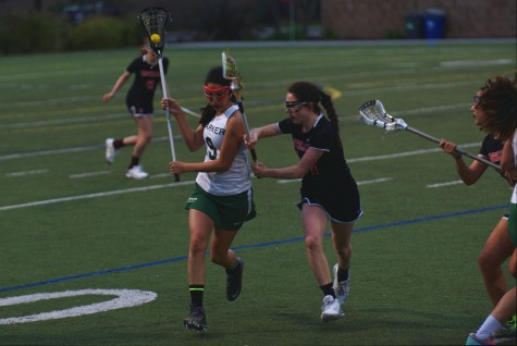 Girls lacrosse loses to Castilleja School at home