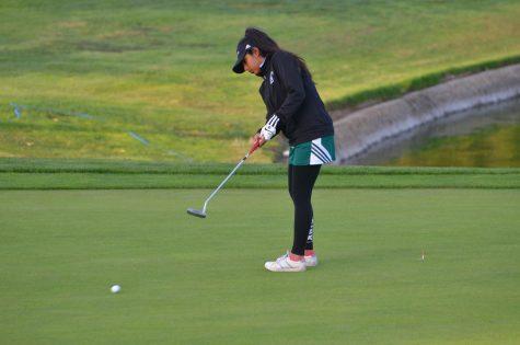 Girls golf defeats Notre Dame Belmont