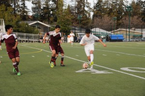 Boys soccer loses on senior night 4-2