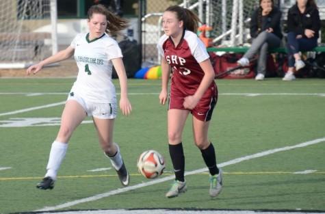 Girls' varsity soccer loses to Sacred Heart Preparatory