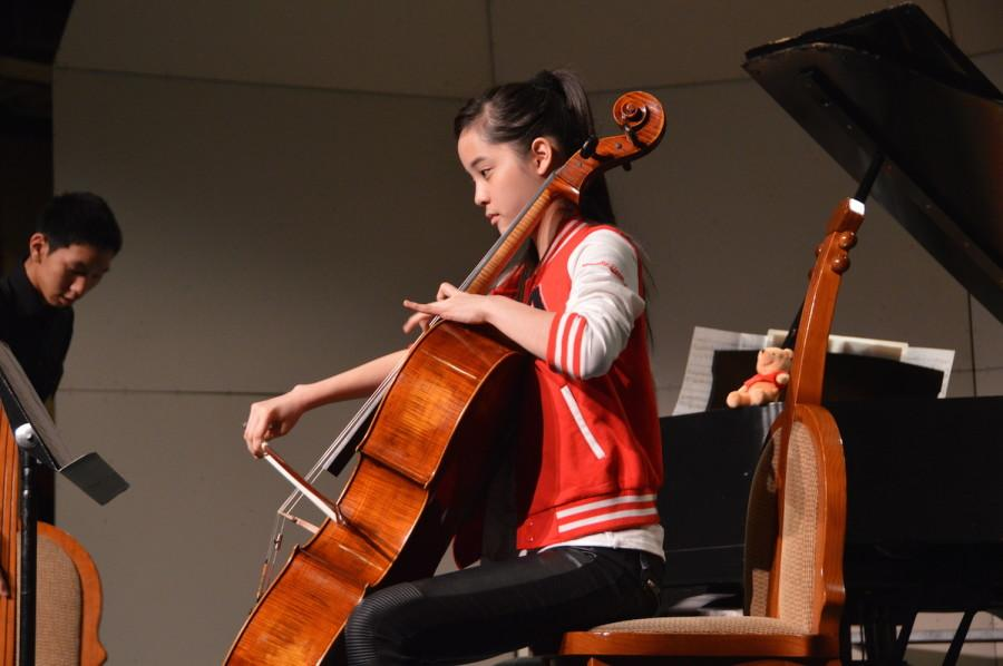 Nana rehearses for the concert before it starts. She performed at a United States International Music Competition Benefit Concert on March 21.