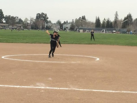 Girls' varsity softball defeats Mercy Burlingame 10-0