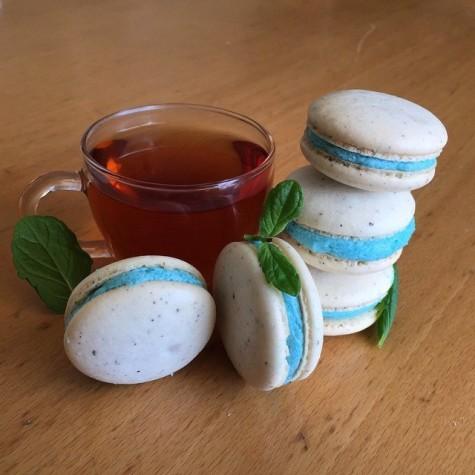 In a Nutshell: Earl Grey Macarons
