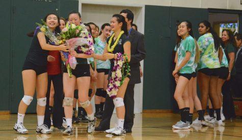 Varsity girls volleyball wins against Notre Dame High School on senior night