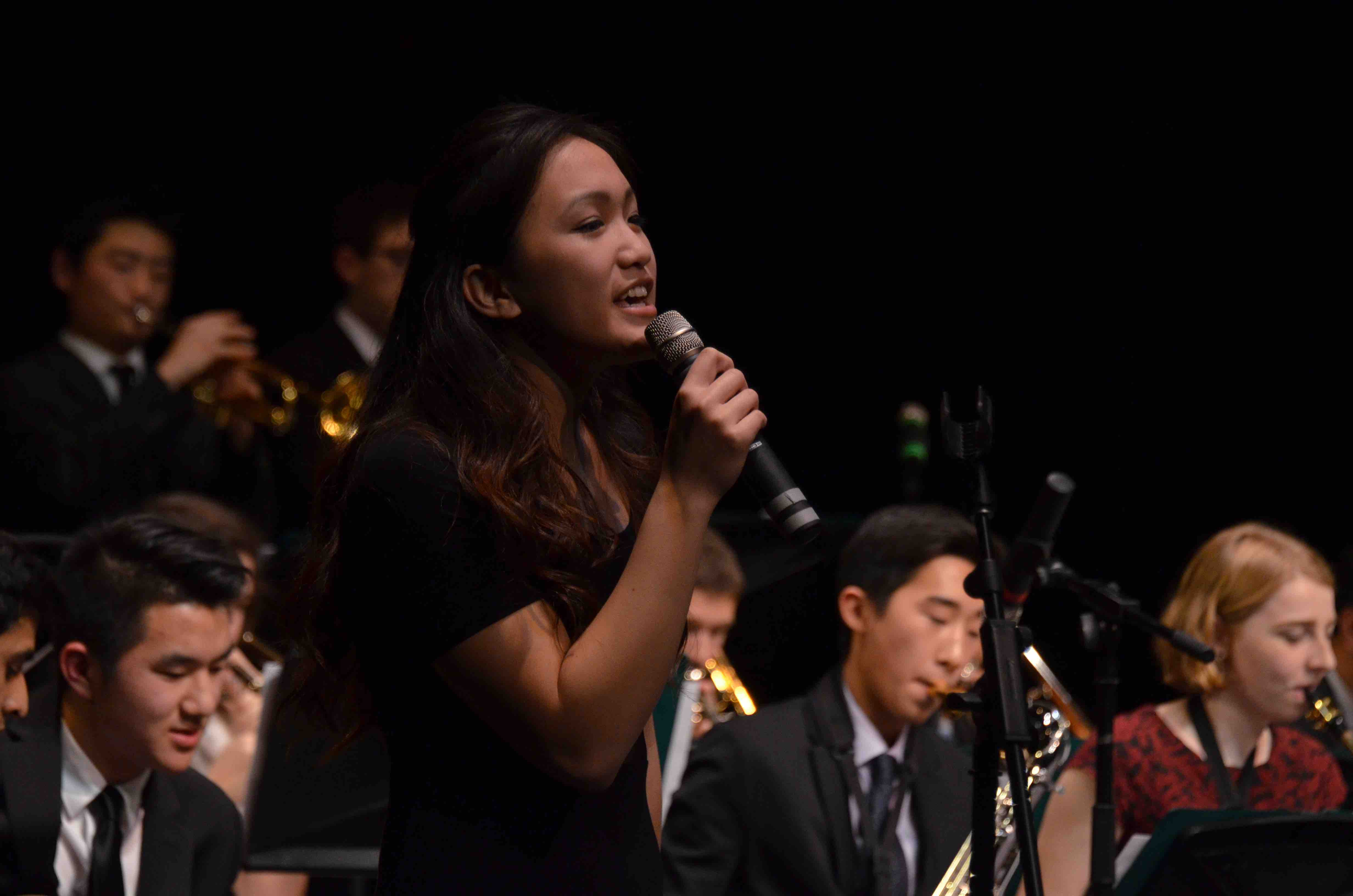 Lindsey+Trinh+%2812%29+sings+with+the+upper+school+Jazz+Band.+The+Winter+Concert+took+place+on+January+13+at+the+Mexican+Heritage+Theater.