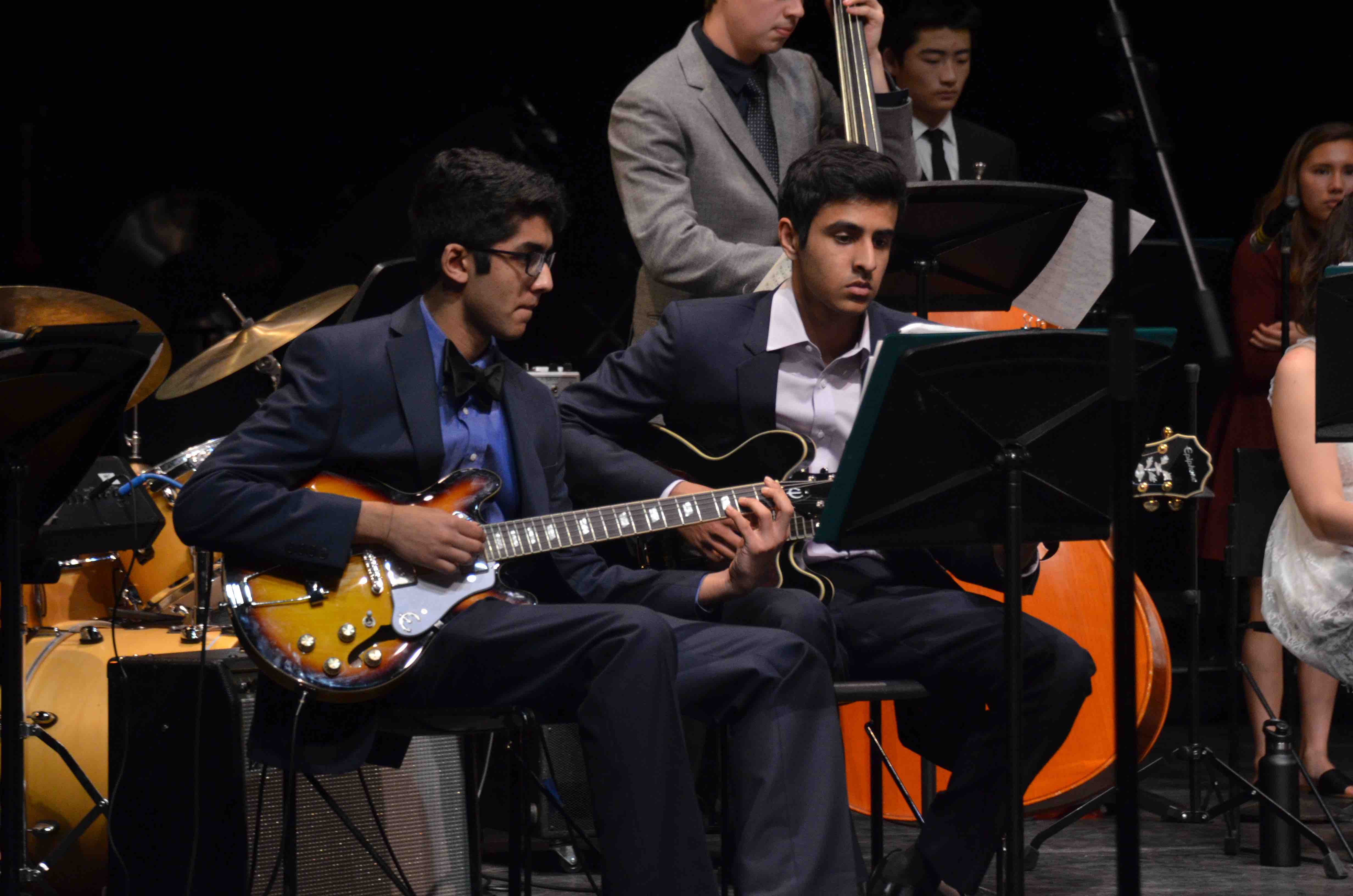 Aashish+Jain+%2812%29+and+Shekar+Ramaswamy+%2812%29+play+guitar+as+a+part+of+the+upper+school+Jazz+Band.+The+Winter+Concert+took+place+on+January+13+at+the+Mexican+Heritage+Theater.
