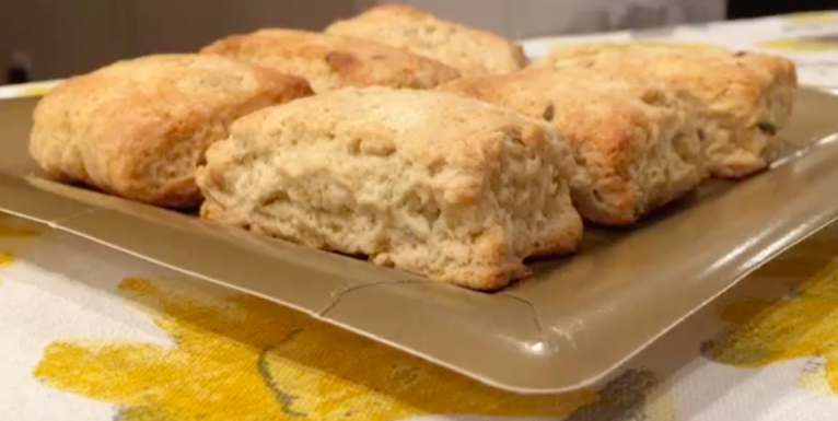 Flash Food: Lavender Honey Scones