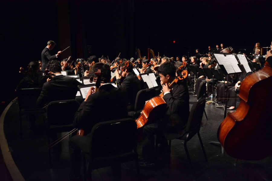 The Upper School Orchestra performed in Harker's annual Spring Concert, held at De Anza's Visual and Performing Arts Center, today. The Spring Concert was the last performance of the school year for Harker's orchestras.