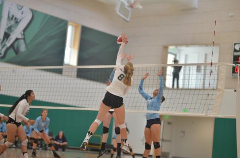 Varsity girls' volleyball loses to Branham in three sets