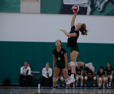 Varsity girls volleyball loses to Menlo in four sets