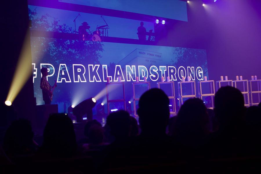 Church+By+the+Glades+presents+a+banner+with+the+hashtag+%22%23ParklandStrong%22+after+the+Parkland+shooting.+