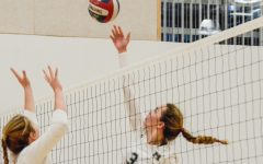 Varsity girls volleyball advances to CCS finals, winning semifinals in three sets