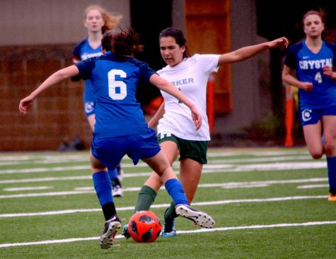 Girls varsity soccer faces narrow loss against Crystal Springs Uplands