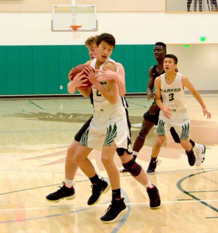 Varsity boys basketball loses to Pinewood