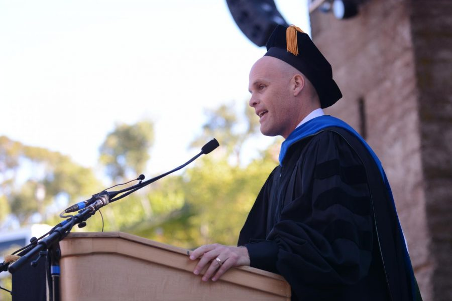 Harker+alum+and+federal+judge+John+B.+Owens+%28%2785%29+speaks+to+the+student+body+about+his+own+high+school+experiences+at+yesterday%27s+graduation+ceremony.+Owens%2C+who+was+this+year%27s+keynote+speaker%2C+stressed+the+influence+of+Harker+on+his+life%2C+urging+students+to+appreciate+the+opportunities+around+them.