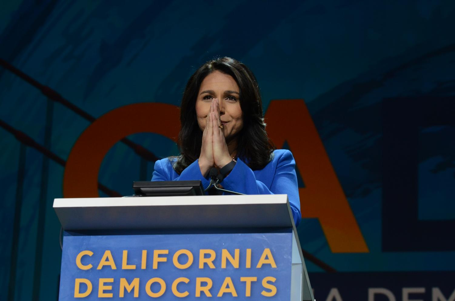 Tulsi+Gabbard%2C+U.S.+Representative+for+Hawaii%2C+addresses+her+goals+of+protecting+the+environment+and+ending+the+nuclear+arms+race.+She+hopes+to+%E2%80%9Cusher+in+a+green+century%E2%80%9D+and+%E2%80%9Clead+with+aloha+respect%2C+care+and+love+regardless+of+gender+or+sexual+orientation.%E2%80%9D