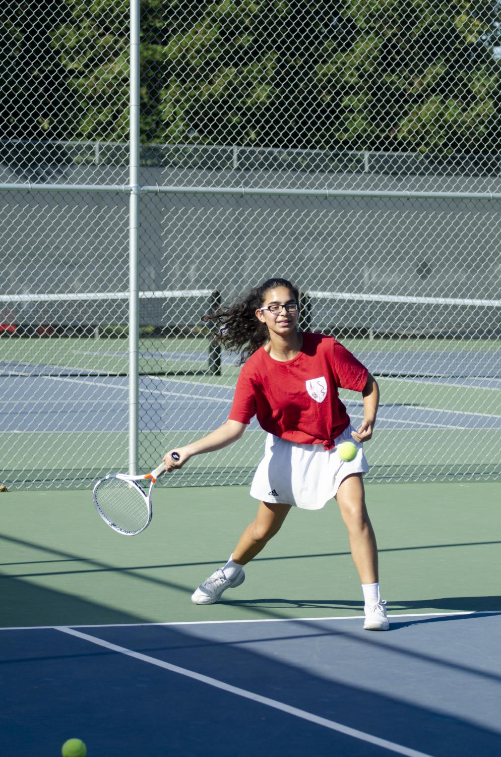 Arissa+Huda+%289%29+practices+at+the+Blackford+tennis+courts.+