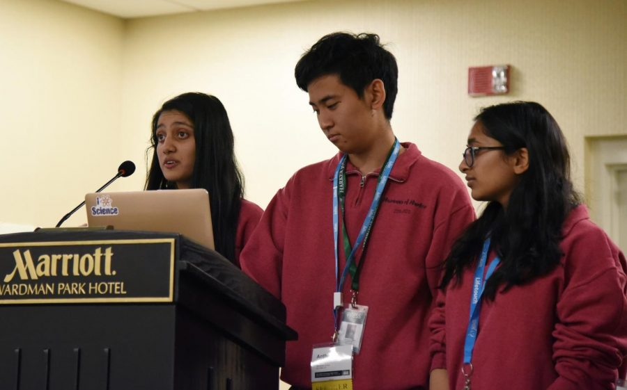 Humans of Harker (HOH) editor-in-chief Saloni Shah (11), TALON editor-in-chief Anthony Xu (12) and HOH profiler Esha Gohil (10) speak to attendees about the HOH project. More than 240 student journalists and advisers attended the presentation.