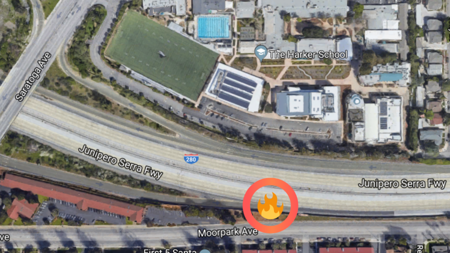 The location of the small fire that broke out today on the south side of Interstate 280. The fire, which burned briefly before the San Jose Fire Department extinguished it, released smoke that spread across campus and lowered air quality levels.