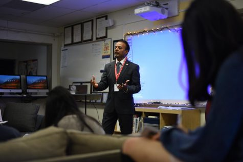 Politician Rishi Kumar shares vision for 18th congressional district with journalism classes