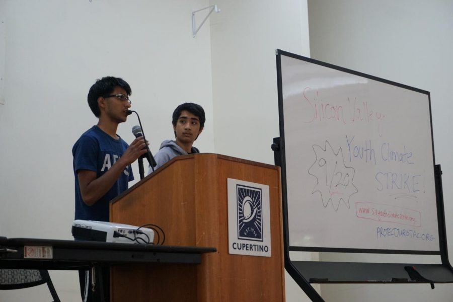 Two Homestead High School students present on their initiative to reduce emissions from VTA buses.