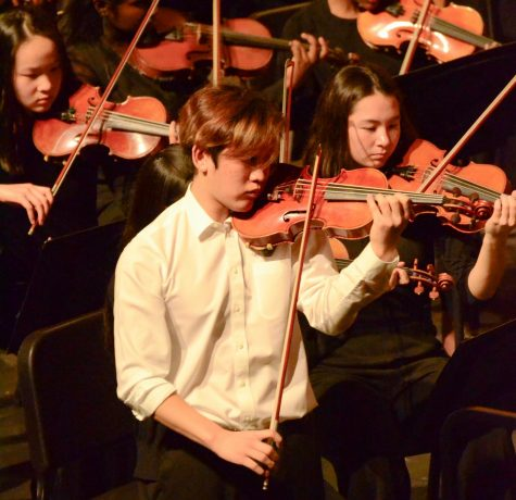 Upper school music groups celebrate end of semester with annual winter concert