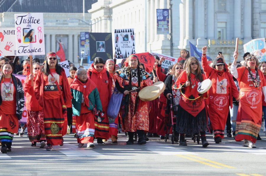 A+group+of+activists+from+the+Murdered+and+Missing+Indigenous+Women+%28MMIW%29+coalition+lead+this+year%27s+Women%27s+March+down+Market+Street+last+Saturday.+MMIW+members+opened+the+rally+and+and+addressed+the+crowd%2C+raising+awareness+about+indigenous+people%27s+rights.