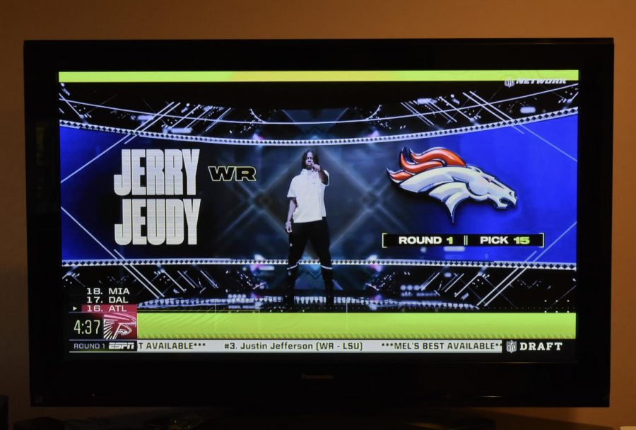 The Denver Broncos selected wide receiver Jerry Jeudy with the fifteenth overall pick.