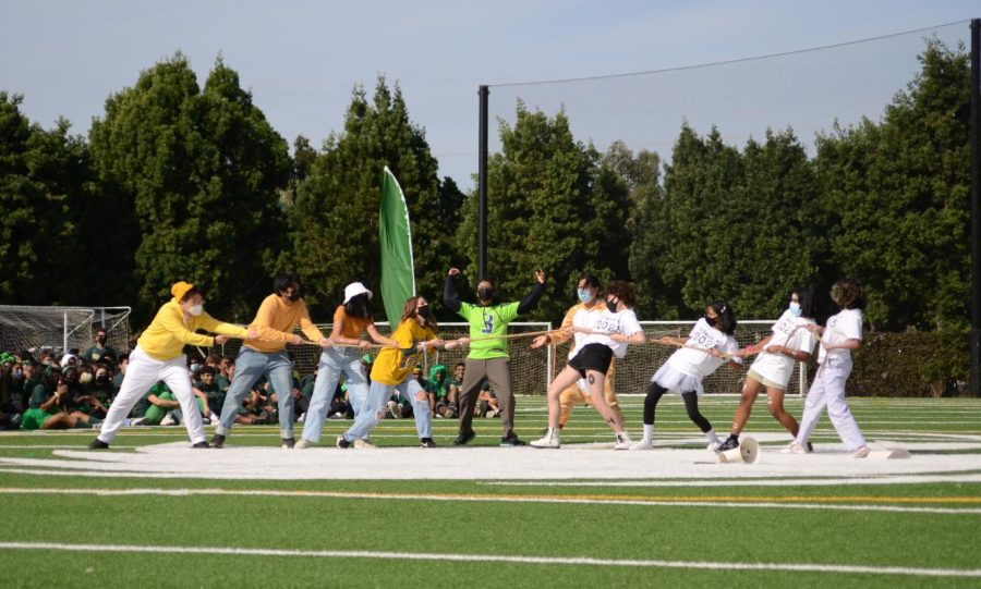 Freshmen preform their lip sync routine, re-enacting the freshmens victory over the juniors on Tuesday. The freshmen placed second for their performance.